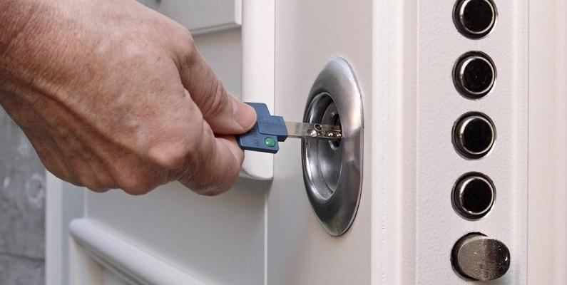 Замена дверных личинок в Самаре