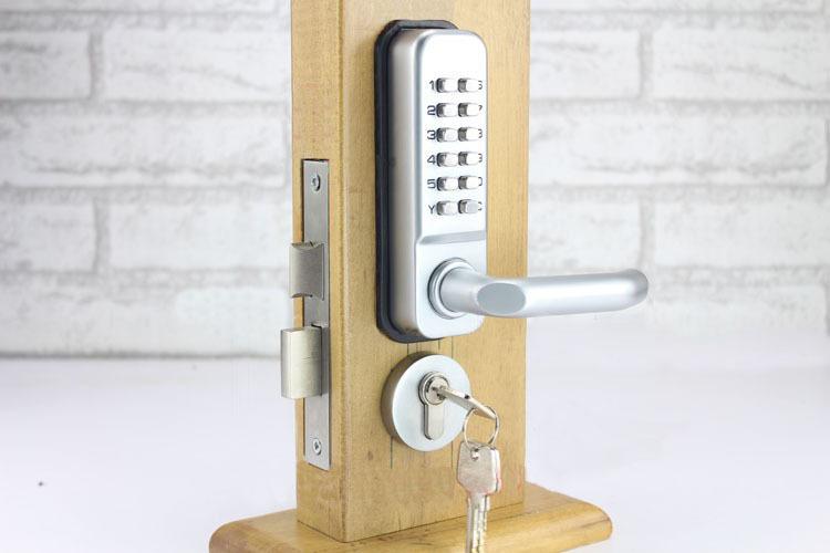 Установка дверных кодовых замков в Самаре