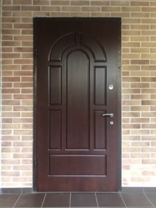 Установка панели МДФ на металлическую дверь