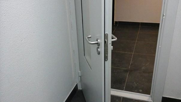 Замена замков тамбурных дверей в Самаре