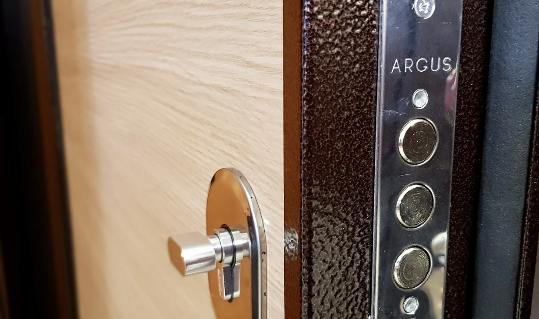 Замена дверных замков Argus в Самаре